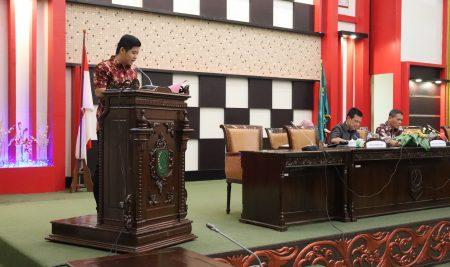 DPRD Sambas Gelar Rapat Paripura Penyampaian Komposisi Pimpinan dan Anggota Fraksi-Fraksi