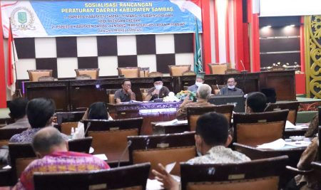 DPRD Kabupaten Sambas Sosialisasi kan 2 buah Raperda Inisiatif